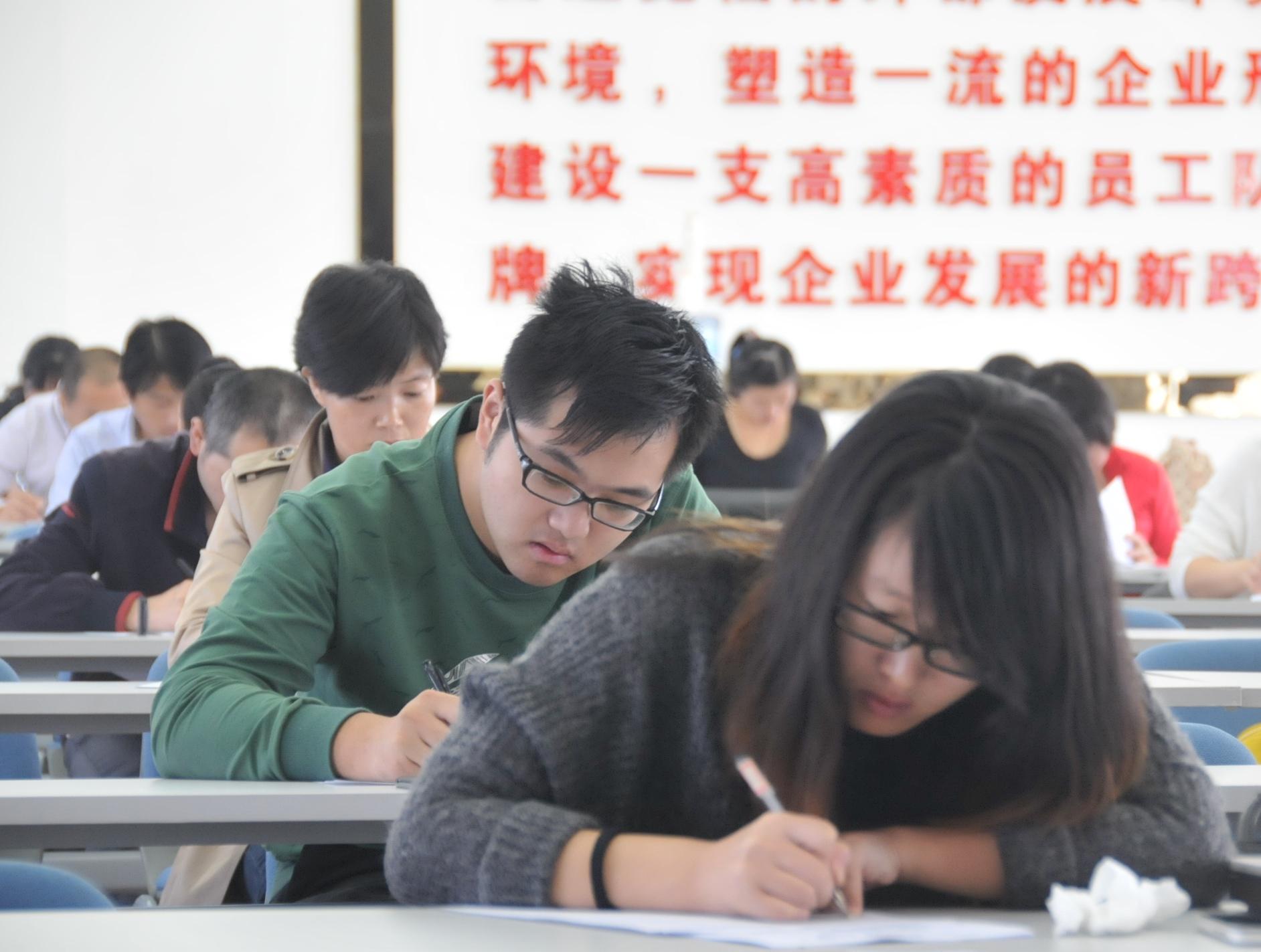 联通短信息中心号码_北京联通短信中心号码联通短信服务中心号码