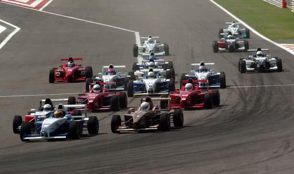 Formula BMW Asia第二回合 泰国车手扬威巴林