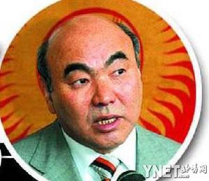 吉尔吉斯斯坦前总统阿卡耶夫主动辞职内幕(图)