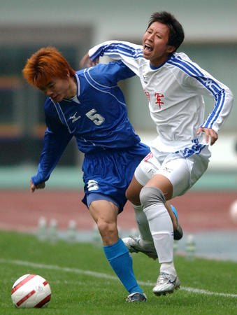 [体育](3)足球�D�D中甲:湖南湘军胜大连长波