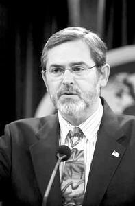 中美定期举行高级别对话 专家称美国外交变理性