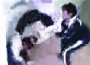 深圳中学生斗殴视频震惊网民 场景触目惊心(图)