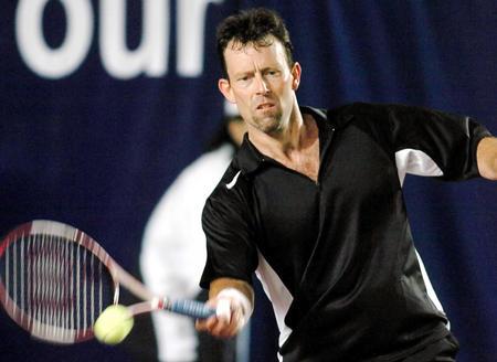 """[体育](11)网球�D�D""""其士ATP冠军球手网球巡回赛""""赛况"""