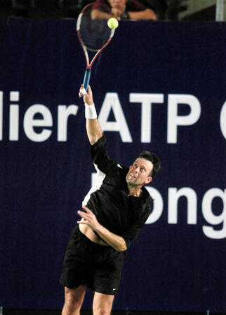 """[体育](9)网球�D�D""""其士ATP冠军球手网球巡回赛""""赛况"""