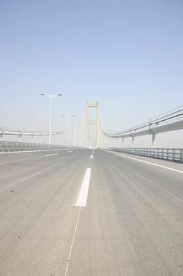 组图:扬州风光润扬大桥