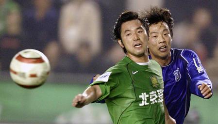 [体育](6)足球�D�D北京现代胜青岛中能