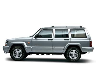 装备2.4升发动机的新款Jeep2500上市(图)