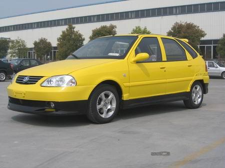 华普两厢轿车海迅205亮相 售价62888元