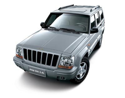 2.4升发动机的Jeep2500上市 售价11.96万