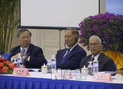"""""""中国和平崛起与亚洲的新角色""""圆桌会议举行"""