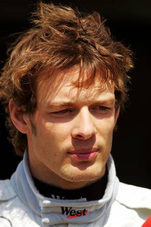 图文:圣马力诺站练习赛 迈凯轮试车手伍尔兹