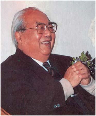 著名学者费孝通因病于24日在北京逝世 享年95岁