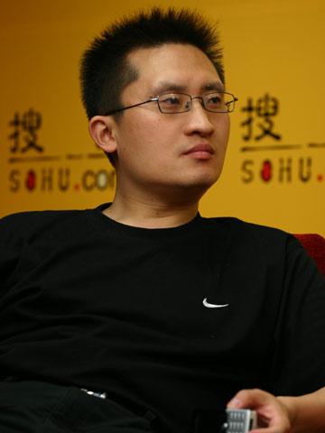 图文:搜狐CBA报道组谈总决赛 篮球主编张艺