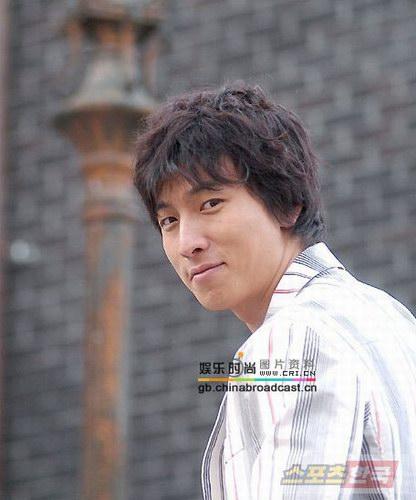 组图:韩片《舞者纯情》男主角朴健衡写真集