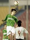 图文:北京主场平辽宁 阿莱克萨与对手争顶