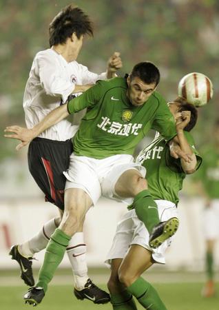 图文:北京现代0-0平辽宁