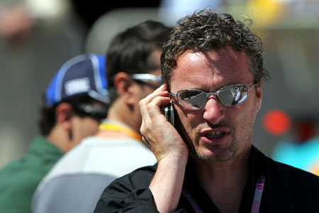 图文:F1西班牙大奖赛 埃尔文现身加泰罗尼亚