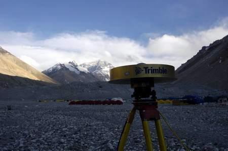 珠峰测高全过程解密:8月公布珠峰精确高度(2)