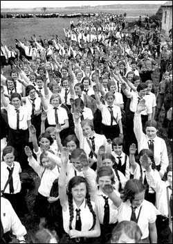 希特勒人种优化野心:生命之源计划阴影(组图)