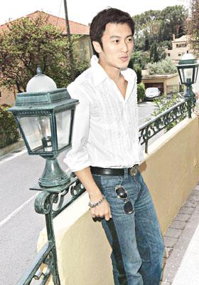陈凯歌为新戏造势 爆光张柏芝谢霆锋亲密关系