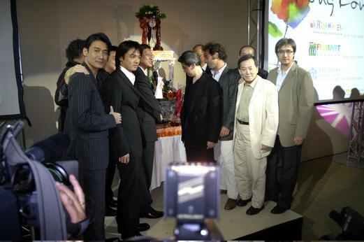 """组图:58届戛纳 中国明星汇聚""""香港之夜""""派对"""