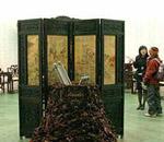 中国展馆内紫檀家具