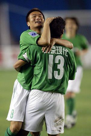 [体育](6)足球--中超:北京现代迎战上海国际