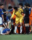 图文:鲁能0-0中能 双方球员在比赛中发生争执