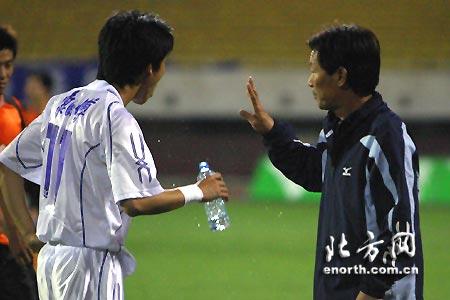 中超第十轮天津主场3-0武汉 刘春明指导卢彦
