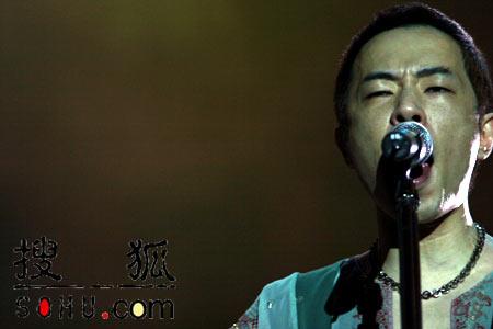 组图:BEYOND北京告别演唱会 演出现场直击