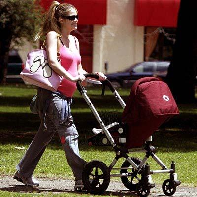 生育高峰到了 聚焦好莱坞母爱无限的准妈妈们