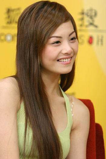 环球小姐中国冠军陶思源做客搜狐大谈环姐选美