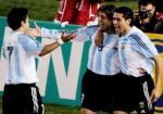 图文:阿根廷巴西对决 克雷斯波萨维奥拉庆祝