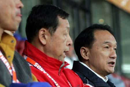 图文:世青赛中国2-1土耳其 中国足球两巨头