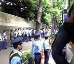 日本布置大量警力
