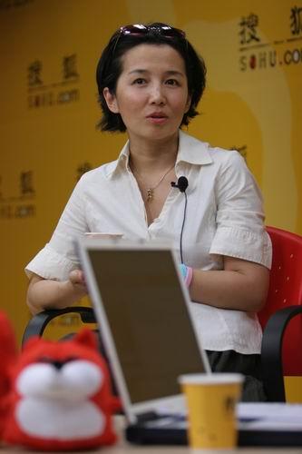 """《实话实说》主持人和晶做客搜狐说""""实话"""""""