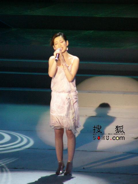 图:第11届上海电视节-秦海璐现场表演