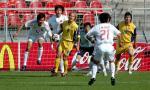 图文:中国战胜乌克兰挺进十六强 郜琳头球解围