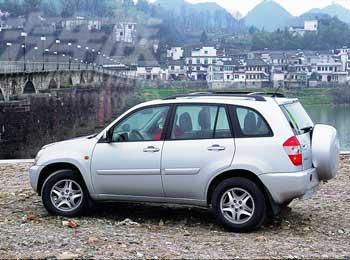 紧凑型的SUV:奇瑞瑞虎T11试驾评测