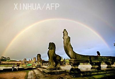 柬埔寨官员说旅游业未受人质事件影响(组图)