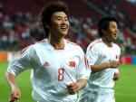 图文:中国队小组赛完美收场 周海滨庆祝进球