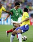 图文:联合会杯巴西负墨西哥 皮内达带球进攻