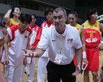 图文:女篮亚锦赛中国大胜日本 马赫在布阵