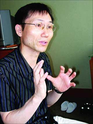 韩三巨头指点电影 姜帝圭:有10个冯小刚就好