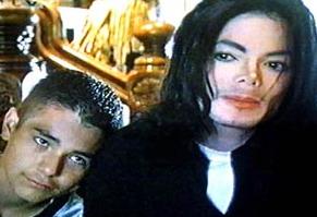 杰克逊娈童案原告阿维佐称:对司法失去信心
