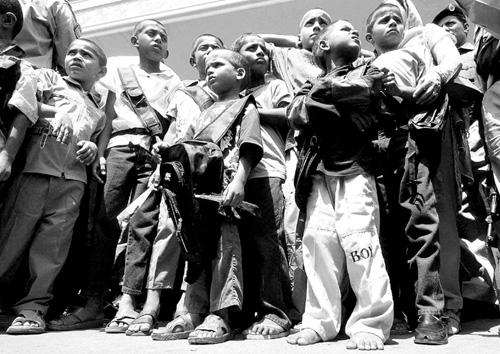 被拐儿童图片惨状_被拐巴基斯坦儿童获解救回家(图)