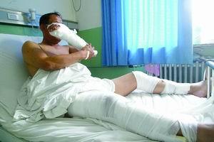 68岁村委主任被砍17刀(图)