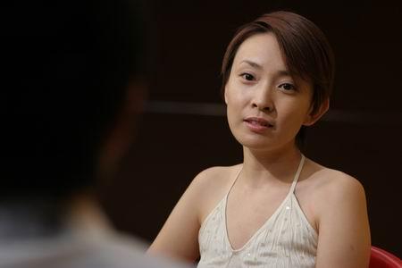《征服》主角刘威葳做客 短发造型酷似沈冰