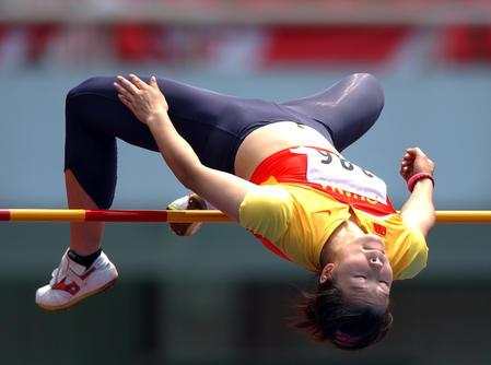 [体育](6)田径�D�D2005全国田径锦标赛女子比赛开赛