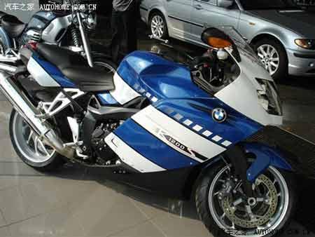 比汽车还贵 宝马系列重型摩托车曝光图片
